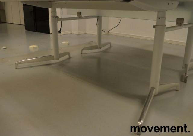 Lekkert understell med elektrisk hevsenk fra Holmris, Modell: Genese,  passer plate 180x90cm, hvitt / polert aluminum, pent brukt bilde 2