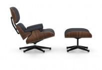 Vitra Lounge Chair with Ottoman, LCH, design: Charles & Ray Eames, sort skinn / sortpigmentert valnøtt, NY/UBRUKT