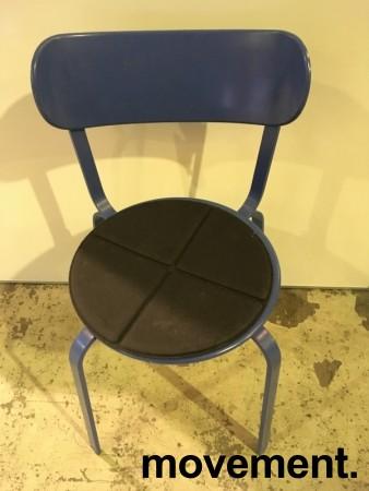 Solid kafestol / restaurantstol fra LaPalma, modell Stil, blått metall med antrasitt pute i polyuretan, brukt bilde 2