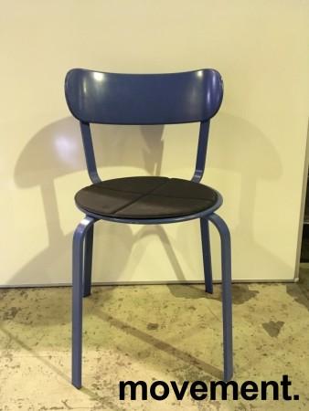 Solid kafestol / restaurantstol fra LaPalma, modell Stil, blått metall med antrasitt pute i polyuretan, brukt bilde 1