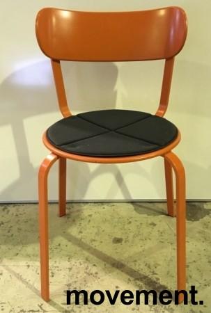 Solid kafestol / restaurantstol fra LaPalma, modell Stil, orange metall med antrasitt pute i polyuretan, brukt bilde 1