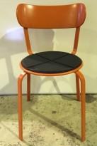 Solid kafestol / restaurantstol fra LaPalma, modell Stil, orange metall med antrasitt pute i polyuretan, brukt