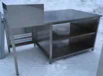 Arbeidsbenk i rustfritt stål, 190cm bredde, 105cm dybde, 93cm høyde, som avbildet, pent brukt