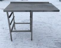 Arbeidsbenk i rustfritt stål 120cm bredde, 65cm dybde, 90cm høyde, pent brukt