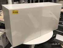 Skjenk / mediabenk i hvitt, highgloss dører, topp-plate i hvitt glass, 120cm bredde, 65,5cm høyde, pent brukt