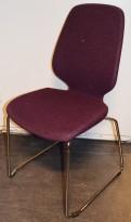 Kinnarps Monroe konferansestol i lilla ullfilt / vanger i krom, pent brukt