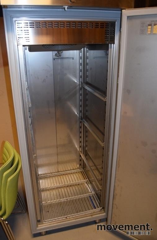 Hekte kjøleskap