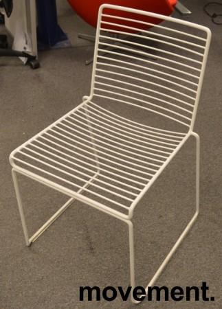 Hay Hee dining konferansestol i hvitlakkert metall, pent brukt bilde 2