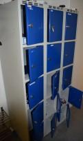 Garderobeskap / lukeskap i stål, grått skrog/blå dører, 15 rom, bredde 90cm. høyde 180cm, pent brukt