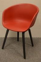 Hay About a chair konferansestol i rødt skinn / sorte ben, pent brukt