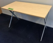 Konferansebord / klappbord i bjerk fra Kinnarps, 120x60cm, Edu-X serie, pent brukt