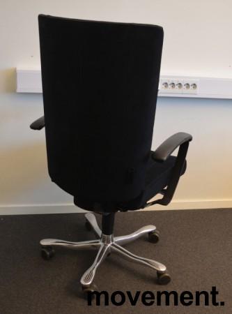 Kinnarps Kapton Synchrone kontorstol, sort mikrofiber, skinnarmlener, pent brukt bilde 2