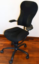 Ergonomisk, ryggvennlig kontorstol fra Spinalis, modell Spider med trekk i sort, pent brukt