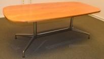 Møtebord i flammebjerk, Vitra Eames Segmented Table, 200x100cm, 6-8personer, pent brukt