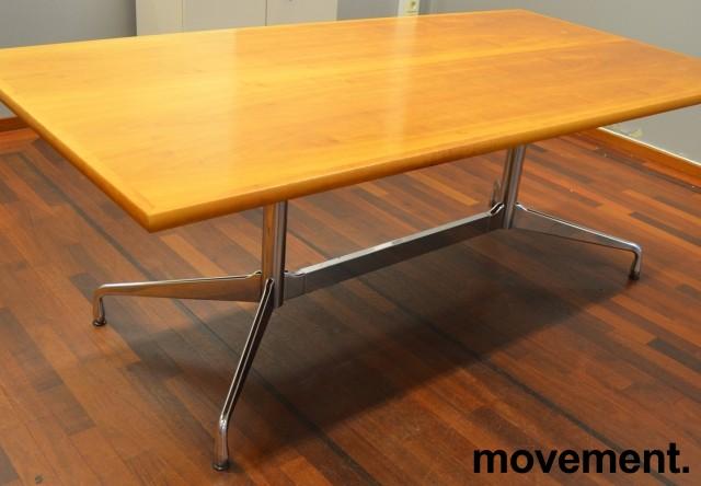 Møtebord i flammebjerk, Vitra Eames Segmented Table, 200x100cm, 6-8personer, pent brukt bilde 1