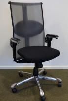 Kontorstol: Håg Inspiration H09 9220 i sort stoff / mesh, pent brukt