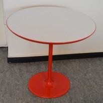Loungebord / sofabord, Arper Dizzie, hvitt / rødt, 50x47cm, H=50cm, pent brukt