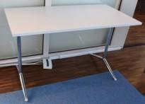 Lekkert klappbord / sammenleggbart kursbord / arbeidsbord i hvitt/krom, 120x60cm, brukt