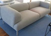 Lekker loungesofa fra Hay i grått ullstoff, modell Bjørn, 235cm bredde, pent brukt