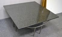 Loungebord med steinplate granitt / satinert stål, 100x100cm bordplate, 46cm høyde, pent brukt