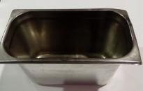 Gastronorm / GN-bakker, rustfritt stål, 7stk 1/3 høye med lokk selges samlet, pent brukt