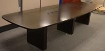Møtebord i sortbeiset eikefiner, 360x120cm, passer 12-14 personer, kabelluker, brukt med slitasje