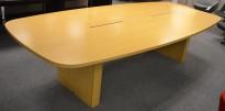 Møtebord i eikefiner, 300x140cm, passer 10-12 personer, kabelluker, brukt med slitasje