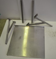 Vegghylle i rustfritt stål for storkjøkken, 60m bredde / 60cm dybde, 1 hylleplan, pent brukt