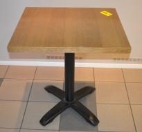 Kafebord med bordplate i eik finer, 70x60cm bordplate, 77cm høyde, pent brukt