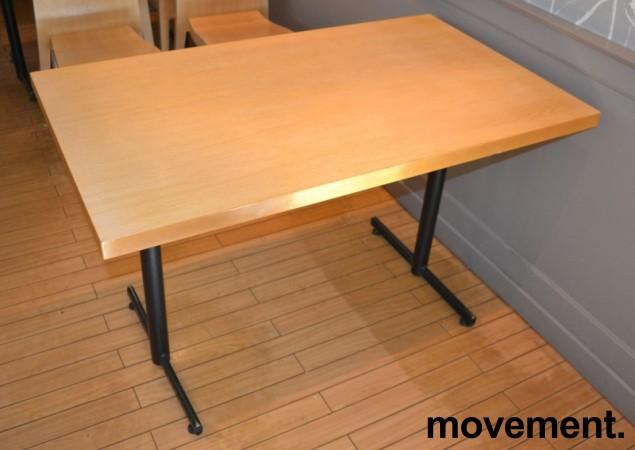 Kafebord med bordplate i eik finer, 120x70cm bordplate, 75cm høyde, pent brukt bilde 2