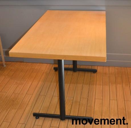 Kafebord med bordplate i eik finer, 120x70cm bordplate, 75cm høyde, pent brukt bilde 1