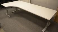 Skrivebord med elektrisk hevsenk i hvitt fra Linak, 240x120cm, ventresløsning, NYE PLATER / pent brukt understell