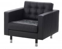 Skinnsofa/lenestol, 1seter, Landskrona fra Ikea, sort skinn, 89cm bredde, krom ben, pent brukt 2017-modell