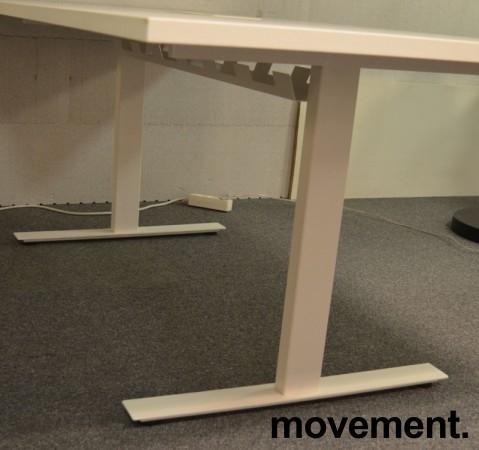 Møtebord i hvitt med kabelluke og kabelsamler, 200x100cm, passer 6-8personer, NY / UBRUKT bilde 4