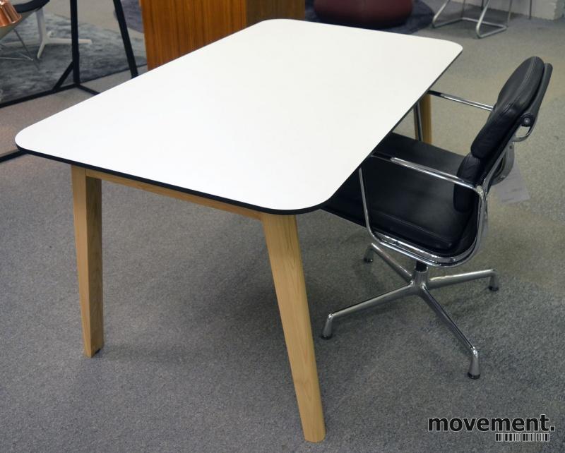 Stilig Skrivebord / kantinebord / spisebord ihvit HPL med sort kant, ben XW-18
