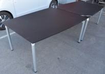 Møtebord fra Dencon matt sort laminat, ben i alugrå, 320x120cm, passer for 10-12 personer, pent brukt