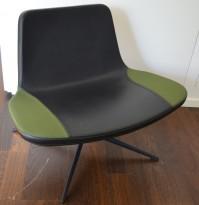 Ray Lounge Chair by Hay, design Jakob Wagner, sort skinn / grønt stoff, base med sving, pent brukt