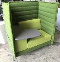 Vitra Alcove alkovesofa, kompakt modell med sidebord i grønt ullstoff / krom, 120cm bredde, pent brukt
