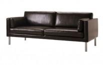 Sofa i brunt skinn, Ikea modell Säter, 2,5seter, bredde 197cm, pent brukt