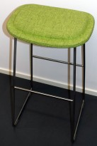 Cappellini Hi-Pad Stool, design Jasper Morrison, barkrakk i grønnmelert stoff, sittehøyde 70cm, pent brukt