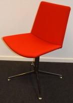 Konferansestol i rødt / krom fra Duba B8, pent brukt
