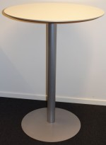 Rundt ståbord / høyt møtebord fra Duba B8, hvit plate, grått understell, Ø=80cm, H=109cm, pent brukt