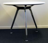 Lekkert, rundt møtebord fra Duba B8 i hvitt / krom, Ø=90cm, H=73cm, pent brukt