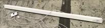 Elektrisk lerret: Draper Baronet BAR-D-651230 191cm bredde med kasse, pent brukt