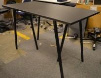 Barbord / ståbord i sort fra Hay, modell Loop, 160x80cm, 96cm høyde, pent brukt understell med ny plate