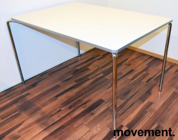 Lekkert kantinebord / arbeidsbord fra ForaForm, modell CLIP, 120x80cm, hvit plate, krom ben, pent brukt bilde 1