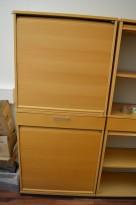 Kinnarps E-serie sjalusiskap i bøk, 4 høyder og skuff, bredde 80cm, høyde 177cm, pent brukt