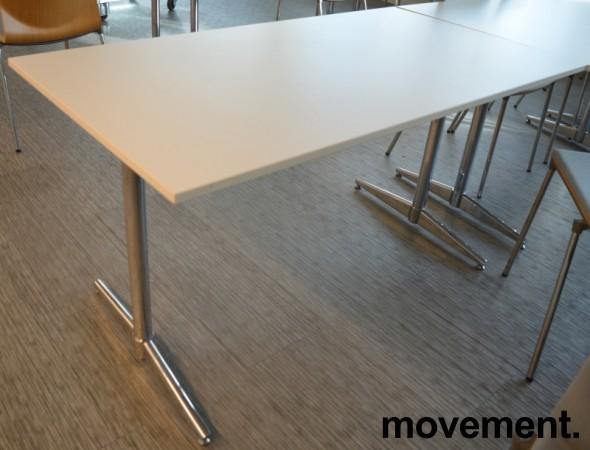 Kompakt møtebord / kantinebord / skrivebord i hvitt / krom, 140x75cm, passer 4 personer, pent brukt bilde 2