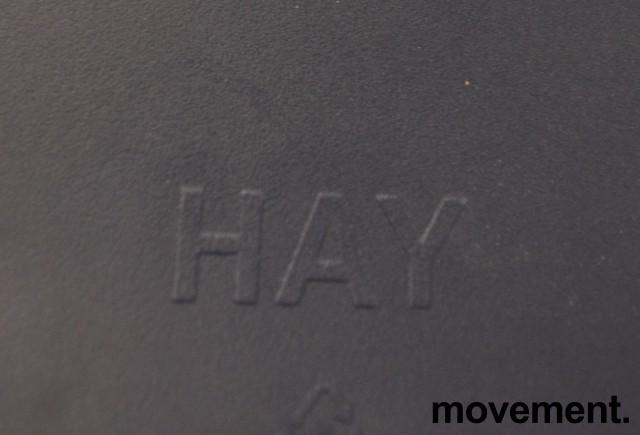 Barkrakk / barstol fra HAY, About a stool, sete i mørk blå, hvitt metallunderstell, sittehøyde 77cm, pent brukt bilde 3