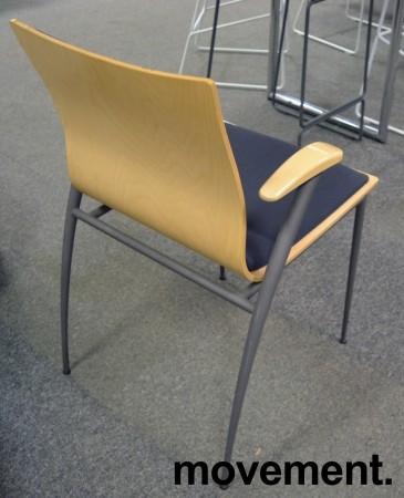 Konferansestol fra Skeie i bjerk / grått stoff, pent brukt bilde 2